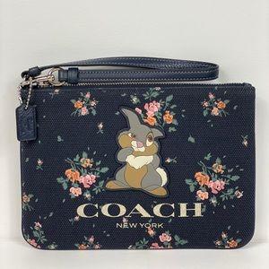 Coach X Disney Gallery Pouch W Thumper
